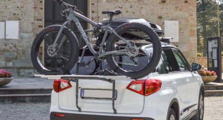Suport bicicleta auto cu prindere pe haion Menabo Polaris ieftin!